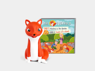 The Fox Pack - Mystery in the Garden/Tracks of a Giant